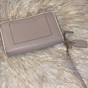 Bags - Handbag